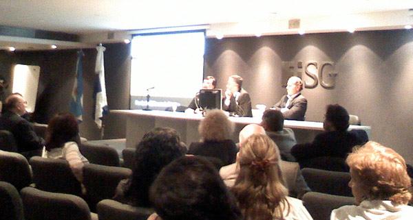El Cdor. Ricardo Bellagio con el Dr. Mario Lugones y el Dr. Federico Tobar