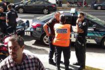 SSN-Último momento. Policías y caos. Patrulleros y policías con intención de impedir el ingreso de decenas de empleados. ¿Quo vadis Macri?