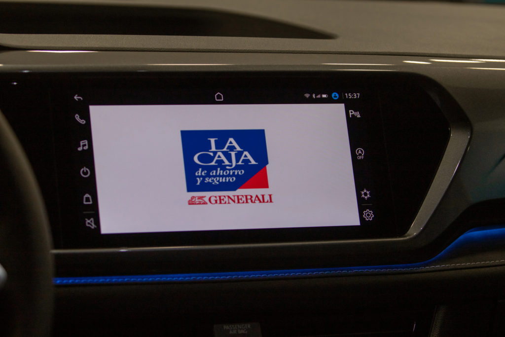 La Caja se unió a Volkswagen para facilitar la contratación de seguros